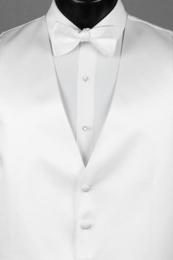 Vests White Solid Vest